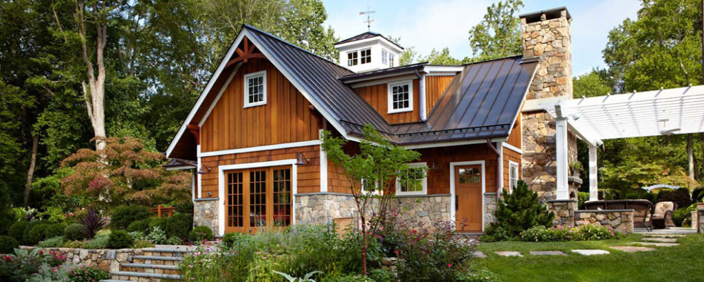 Cedar Wood Siding on a Traditional Home